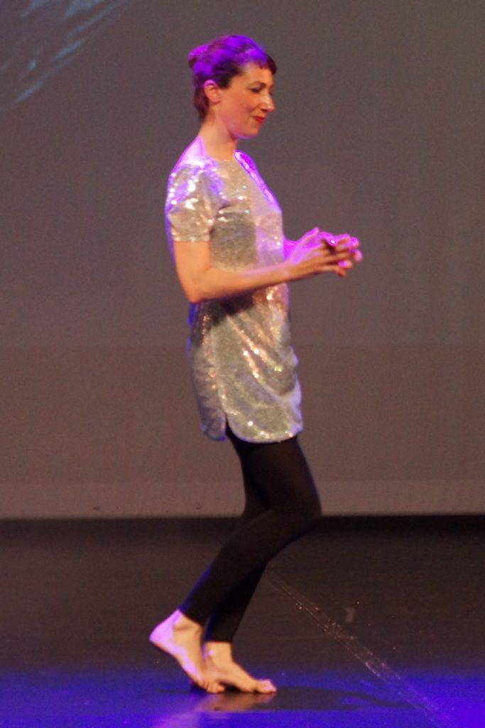 Danseuse en argenté